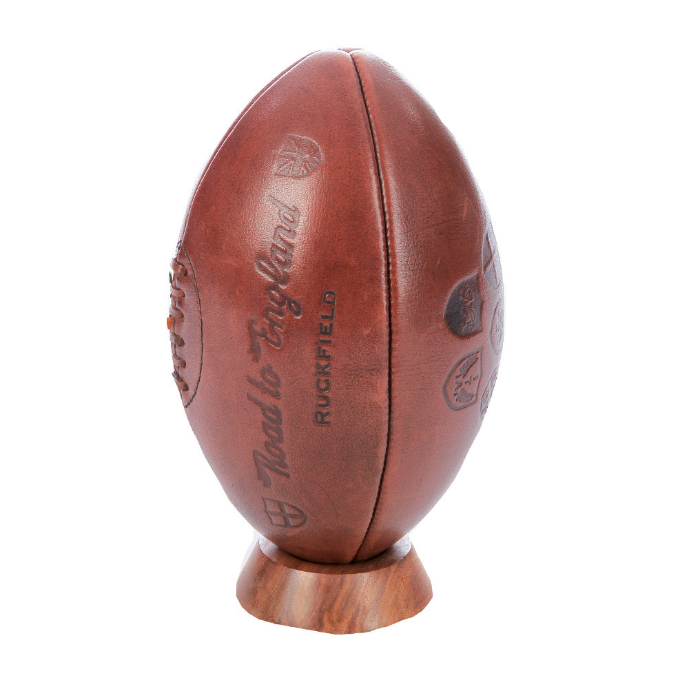 ballon de rugby en cuir collector ruckfield. Black Bedroom Furniture Sets. Home Design Ideas