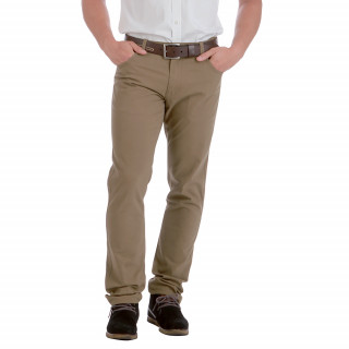 Pantalon beige coupe regular disponible du 38 au 56.