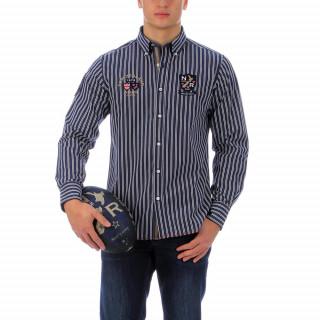 Chemise rugby camps rayée à manches longues en 100% coton avec une coupe regular .Fermeture boutonnée sur une base arrondie, dos légèrement plus long. Les logos sont brodés et cette chemise taille du S au 4XL.