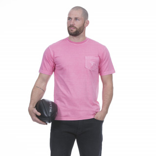 T-shirt manches courtes en coton jersey rose avec broderie sur poche. Disponible du S au 5XL
