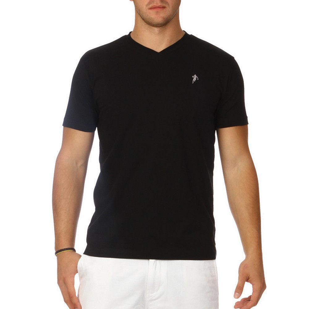 Top 10 Best Black T-Shirts. The plain black T-shirt is the basic essential that all of our buyer's stand by. However, it doesn't hurt to upgrade your wardrobe and refresh your jersey basics. Black T-shirts are suitable for most occasions, so take a read of our devised guide on the 10 best black .