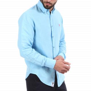 Chemise manches longues en lin bleu turquoise avec logo brodé à la poitrine.