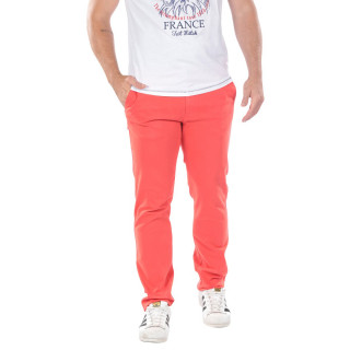 Red chino pants from the theme of Rugby Essentiel