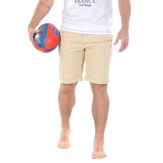 Beige chino bermuda shorts with two pockets and hems at knee level.