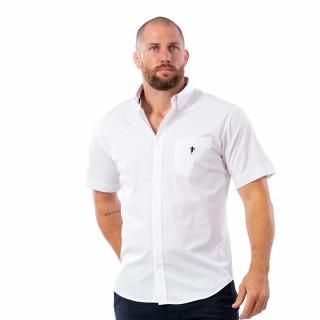 Chemise classique blanche en coton.