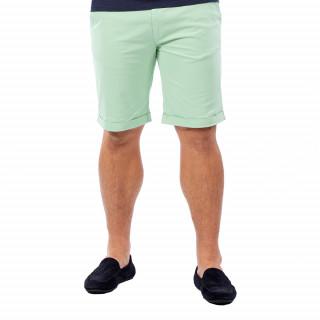 Bermuda homme chino vert en coton.