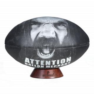 Ballon rugby méchant